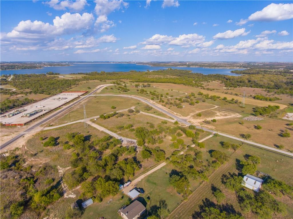 Sold Property | 8021 Hencken Ranch Road Fort Worth, Texas 76126 2