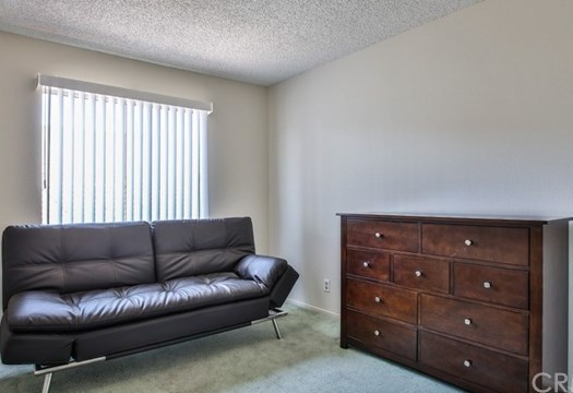 Closed   15061 Mulberry Drive #2 Whittier, CA 90604 17