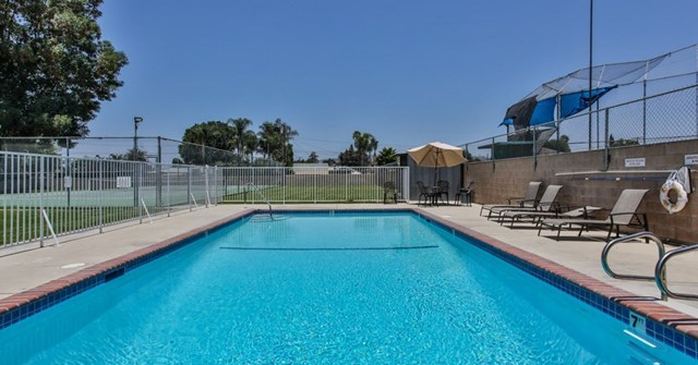 Closed   15061 Mulberry Drive #2 Whittier, CA 90604 24