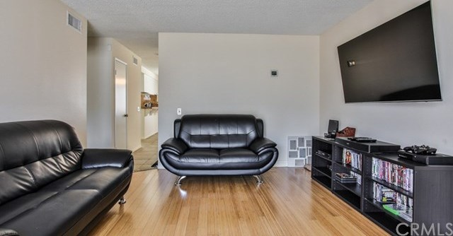 Closed   15061 Mulberry Drive #2 Whittier, CA 90604 31