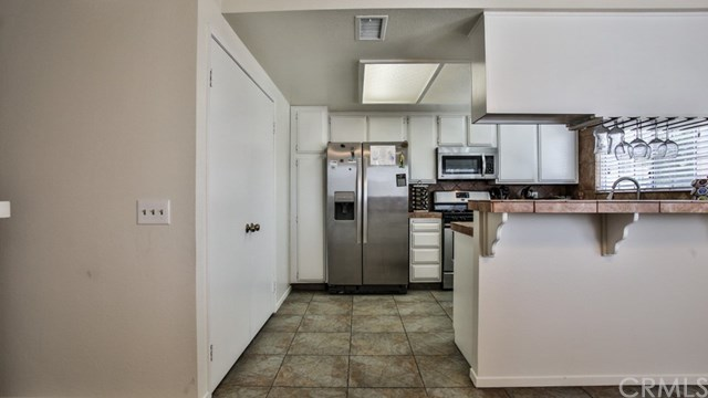 Closed   15061 Mulberry Drive #2 Whittier, CA 90604 5