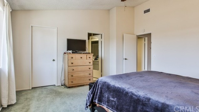 Closed | 15061 Mulberry Drive #2 Whittier, CA 90604 34