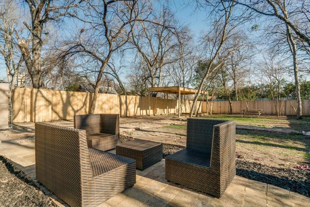 Sold Property | 9014 Daytonia Avenue Dallas, Texas 75218 15