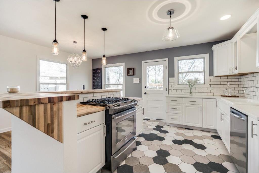 Sold Property | 9014 Daytonia Avenue Dallas, Texas 75218 5