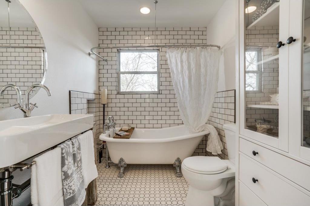 Sold Property | 9014 Daytonia Avenue Dallas, Texas 75218 9