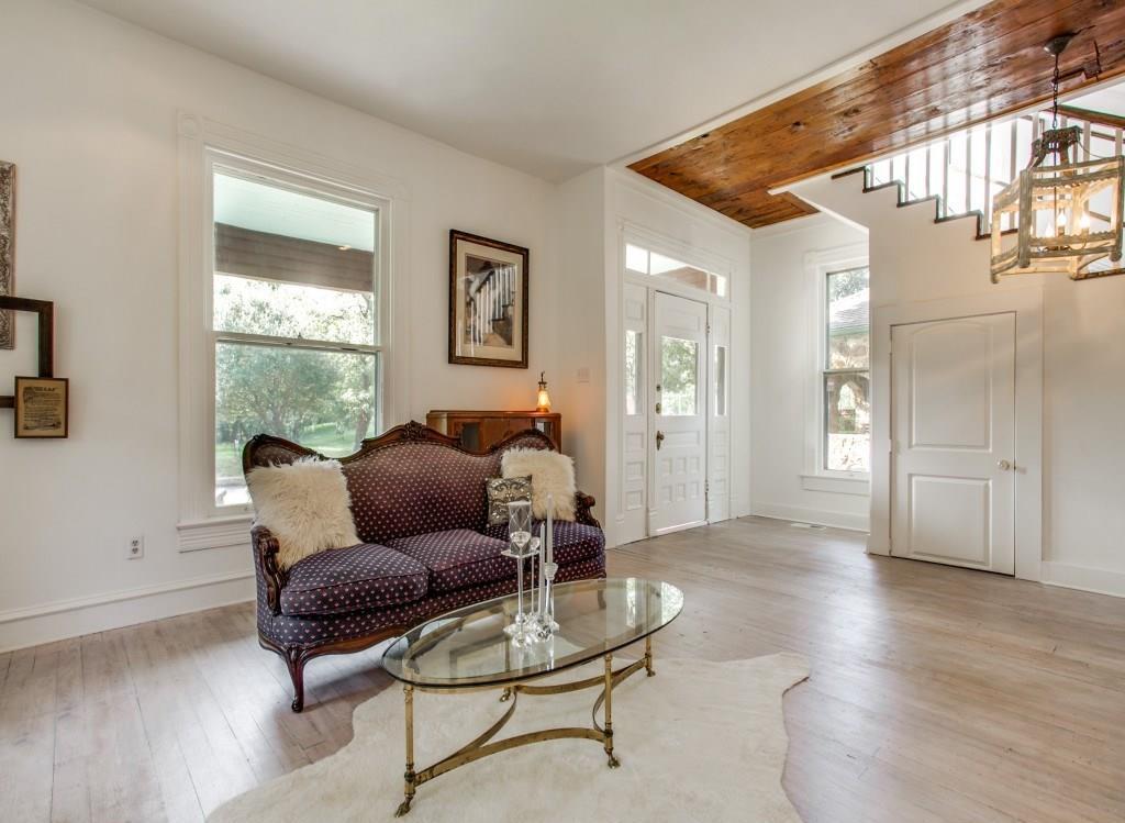 Sold Property | 4317 Worth Street Dallas, Texas 75246 12
