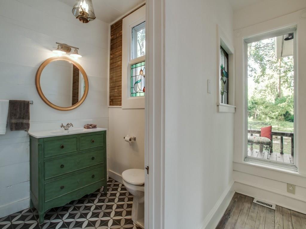Sold Property | 4317 Worth Street Dallas, Texas 75246 27