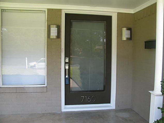 Sold Property | 7160 Brookcove Lane Dallas, Texas 75214 3