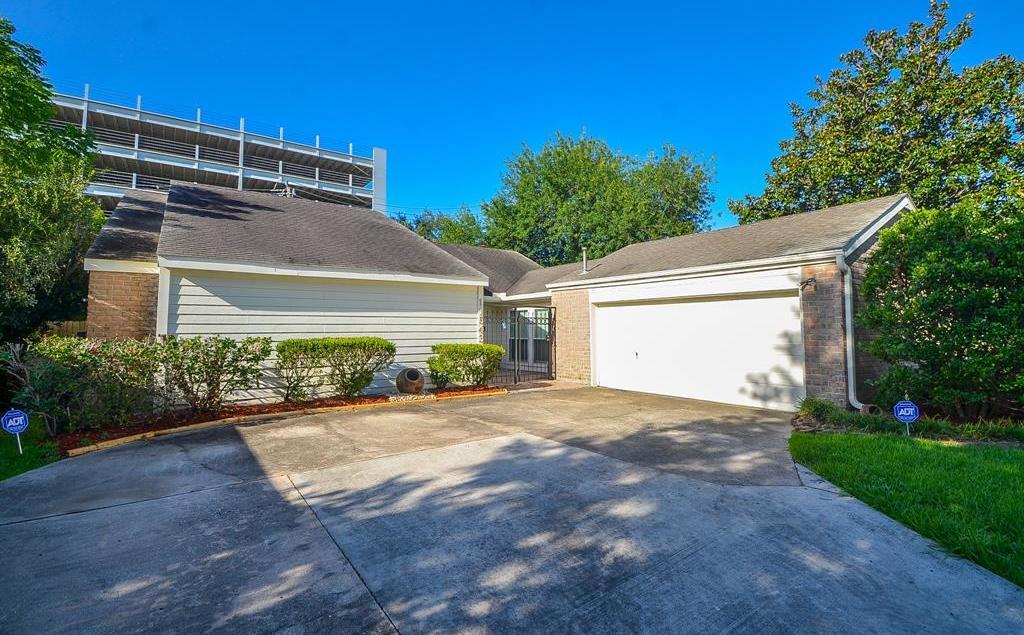 Off Market | 11543 Wickersham Lane Houston, Texas 77077 2