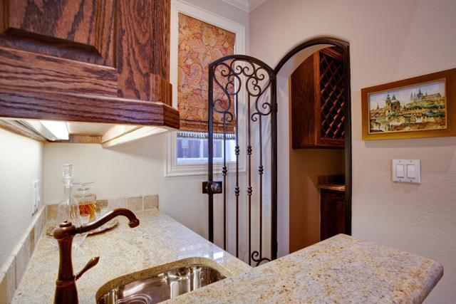 Sold Property | 6419 Vanderbilt Avenue Dallas, Texas 75214 10