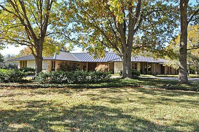Sold Property | 7193 W Circle Drive Dallas, Texas 75214 0