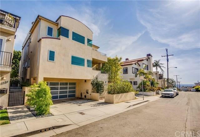 Closed | 1220 17th  Street Hermosa Beach, CA 90254 2