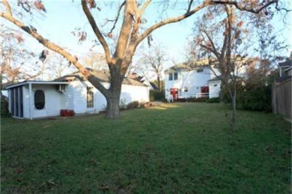 Sold Property   6232 Mccommas Boulevard Dallas, Texas 75214 18