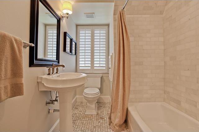 Sold Property | 7050 Pasadena Avenue Dallas, Texas 75214 14