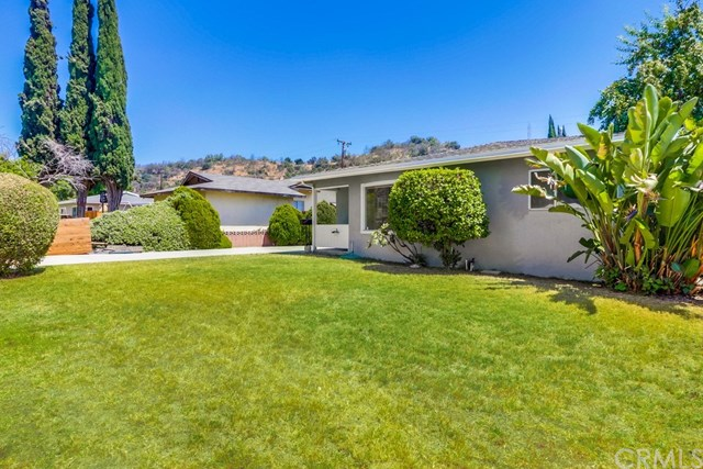 Closed | 214 E Linfield Street Glendora, CA 91740 1