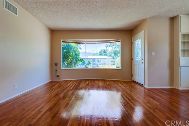 Closed | 214 E Linfield Street Glendora, CA 91740 9