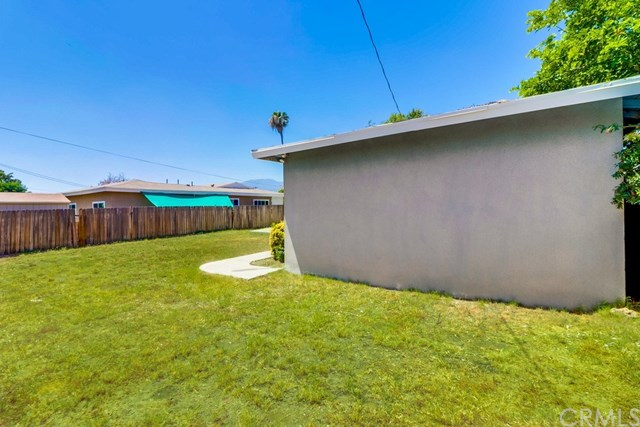 Closed | 214 E Linfield Street Glendora, CA 91740 38