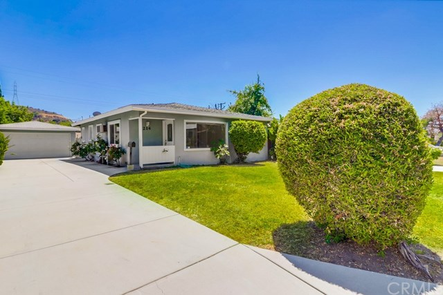 Closed | 214 E Linfield Street Glendora, CA 91740 34