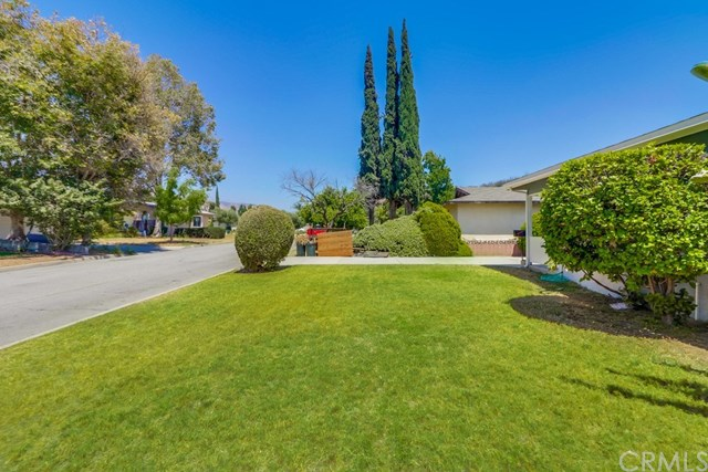 Closed | 214 E Linfield Street Glendora, CA 91740 3