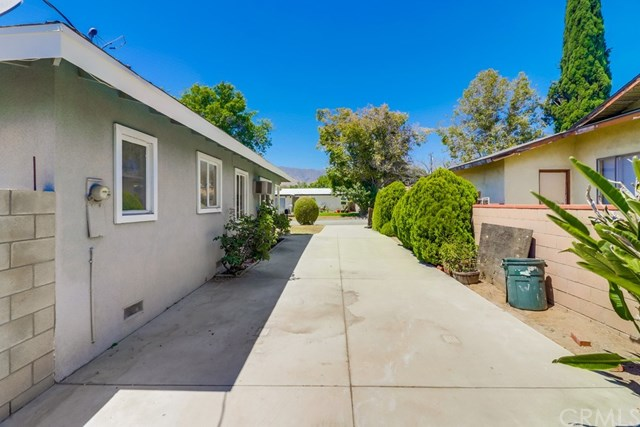 Closed | 214 E Linfield Street Glendora, CA 91740 43