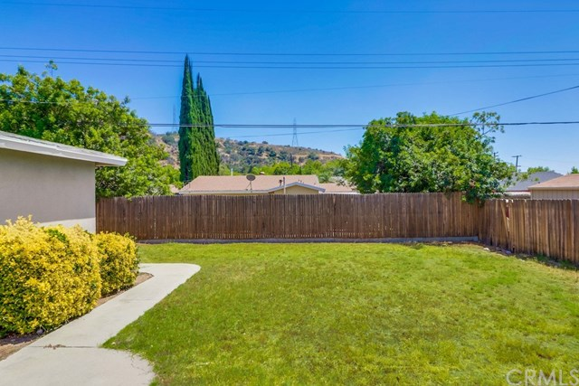 Closed | 214 E Linfield Street Glendora, CA 91740 35
