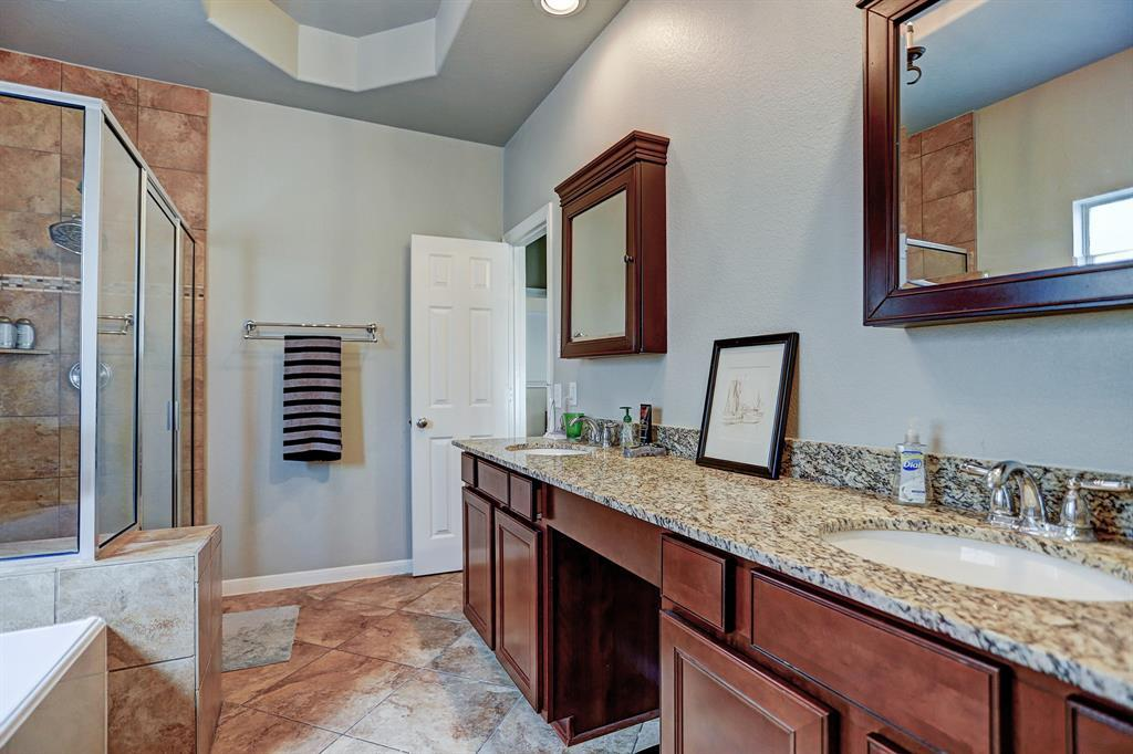 Off Market | 3122 Clearview Circle Houston, Texas 77025 11