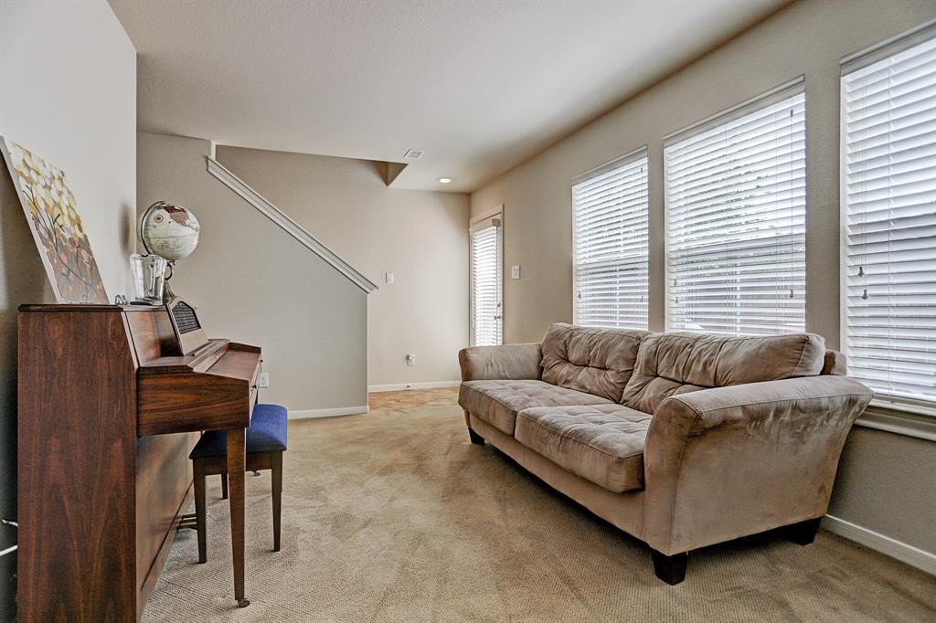 Off Market | 3122 Clearview Circle Houston, Texas 77025 6