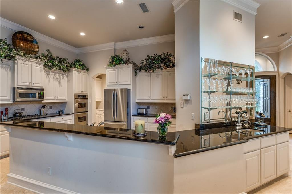 Leased | 3213 Gleneagles Court Plano, Texas 75093 3