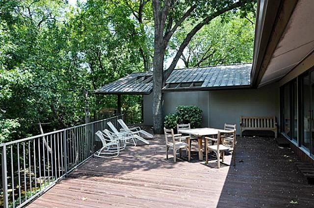 Sold Property   6881 Carolyncrest Drive Dallas, Texas 75214 16