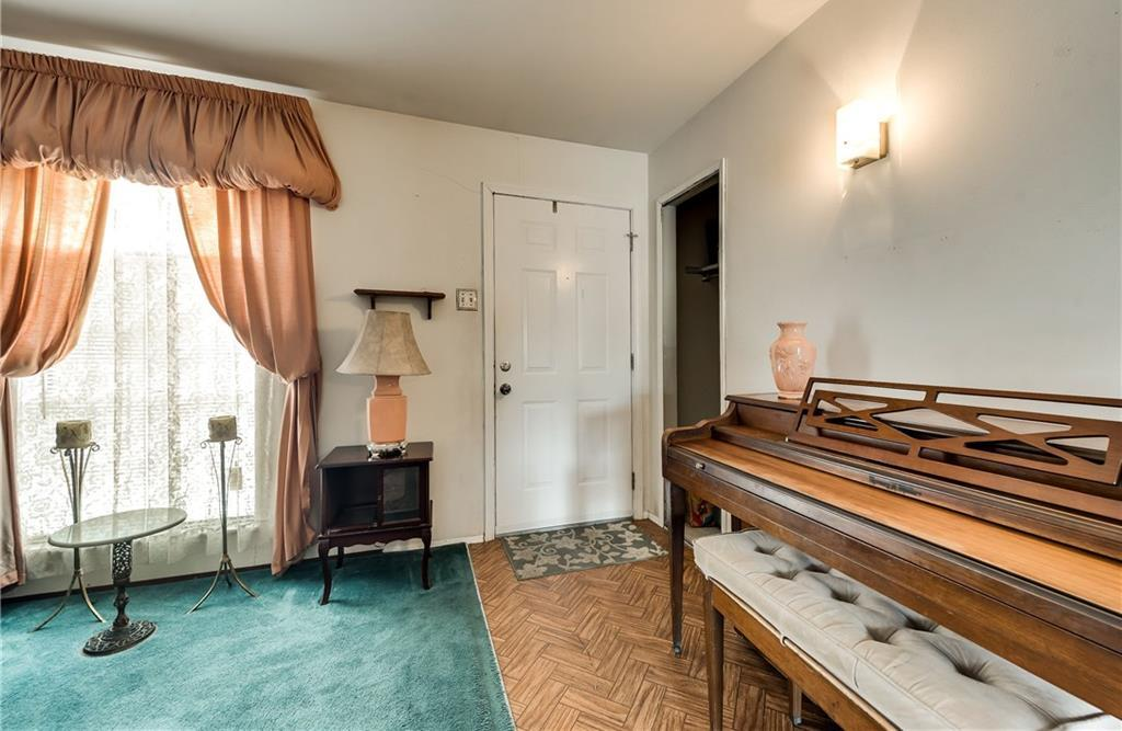 Sold Property | 5410 Robin Road Garland, Texas 75043 3