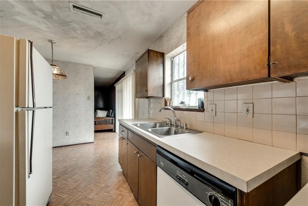Sold Property | 5410 Robin Road Garland, Texas 75043 13