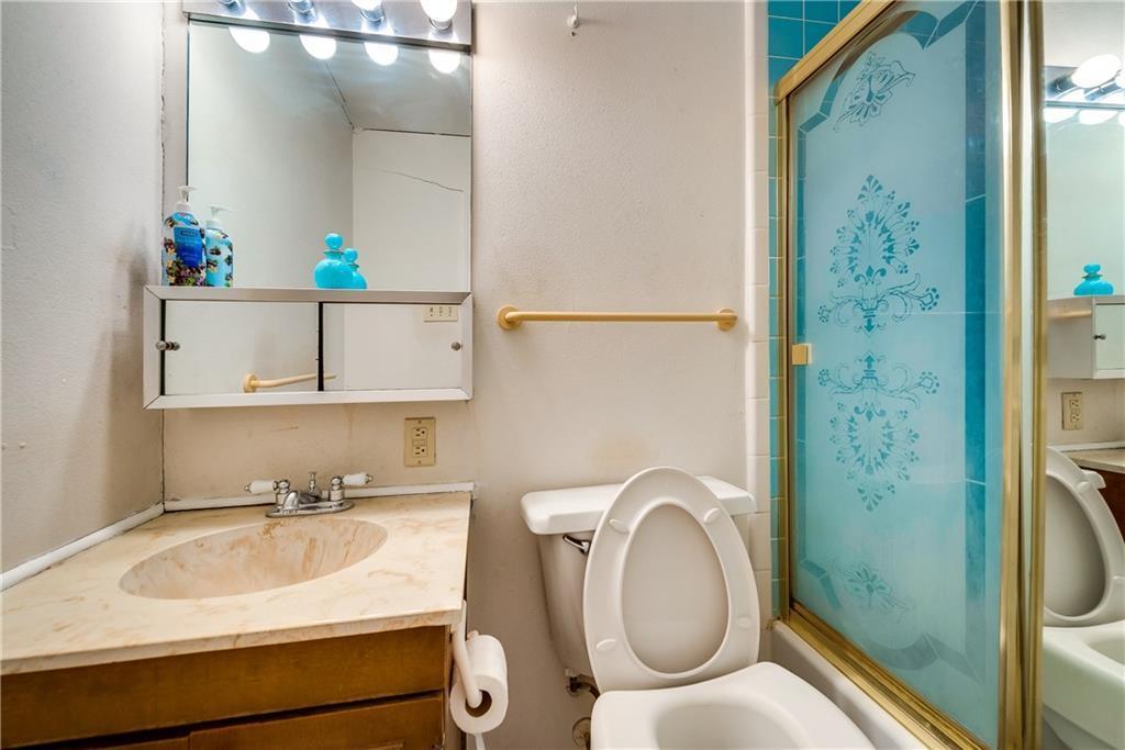 Sold Property | 5410 Robin Road Garland, Texas 75043 7
