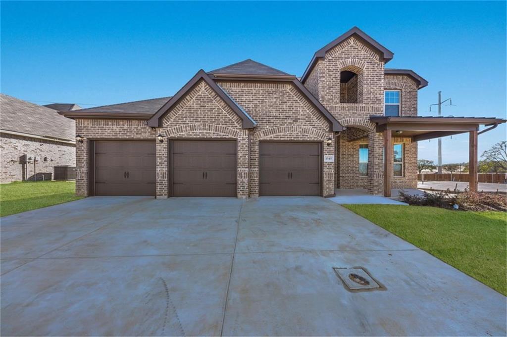 Pending | 1545 Blue Lake  Burleson, TX 76058 0