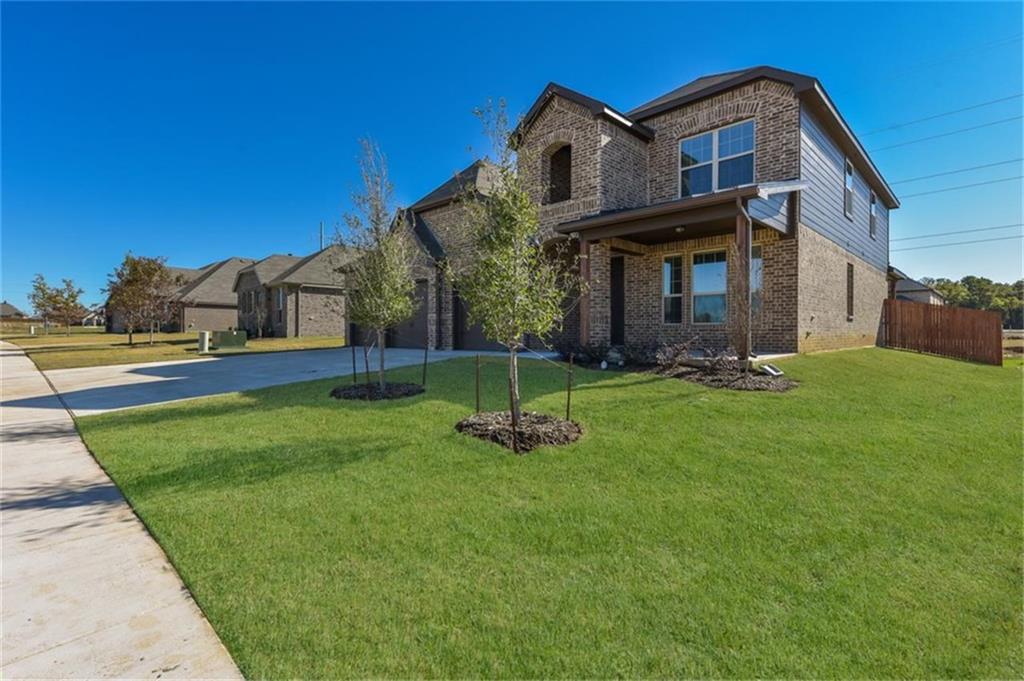 Pending | 1545 Blue Lake  Burleson, TX 76058 2