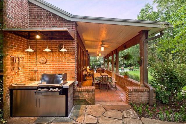 Sold Property | 4021 Dalgreen Drive Dallas, Texas 75214 2