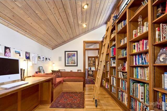 Sold Property | 4021 Dalgreen Drive Dallas, Texas 75214 8