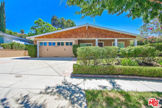 Closed   28148 BAKERTON Avenue Canyon Country, CA 91351 11