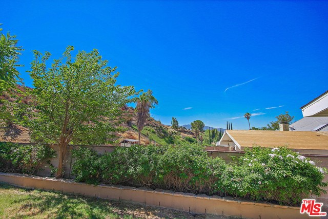 Closed   28148 BAKERTON Avenue Canyon Country, CA 91351 15