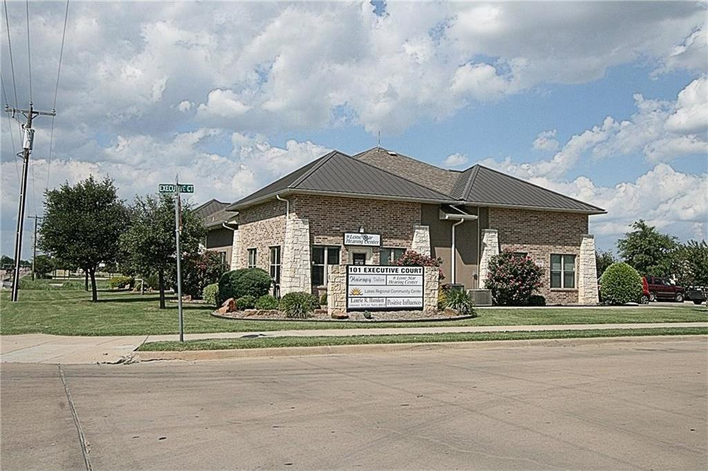 Sold Property | 101 Executive Court Waxahachie, Texas 75165 1