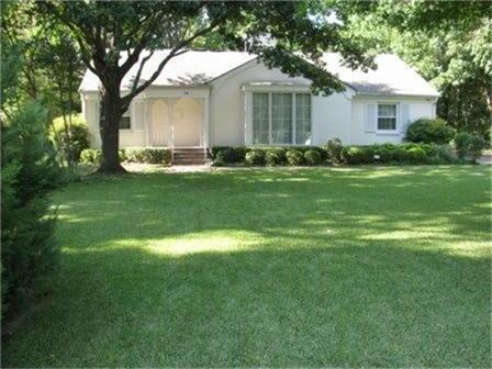 Sold Property | 8131 San Benito Way Dallas, Texas 75218 2