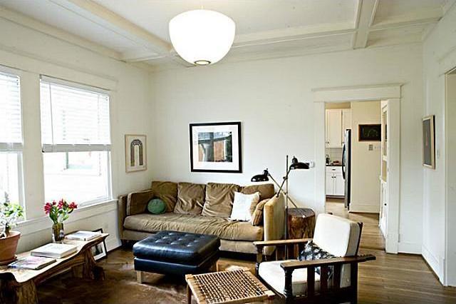 Sold Property | 4912 Worth Street Dallas, Texas 75214 3