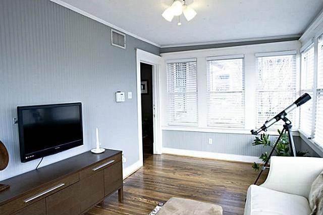 Sold Property | 4912 Worth Street Dallas, Texas 75214 8