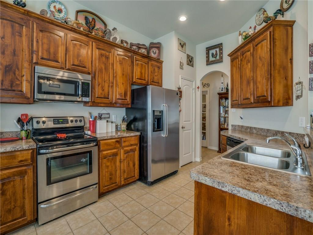 Sold Property | 633 Clearbrook Street Azle, Texas 76020 11
