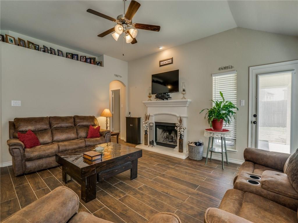 Sold Property | 633 Clearbrook Street Azle, Texas 76020 7