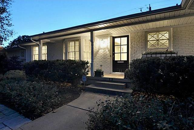 Sold Property | 11 Nonesuch Road Dallas, Texas 75214 1