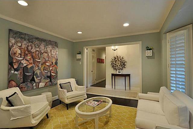 Sold Property | 11 Nonesuch Road Dallas, Texas 75214 3
