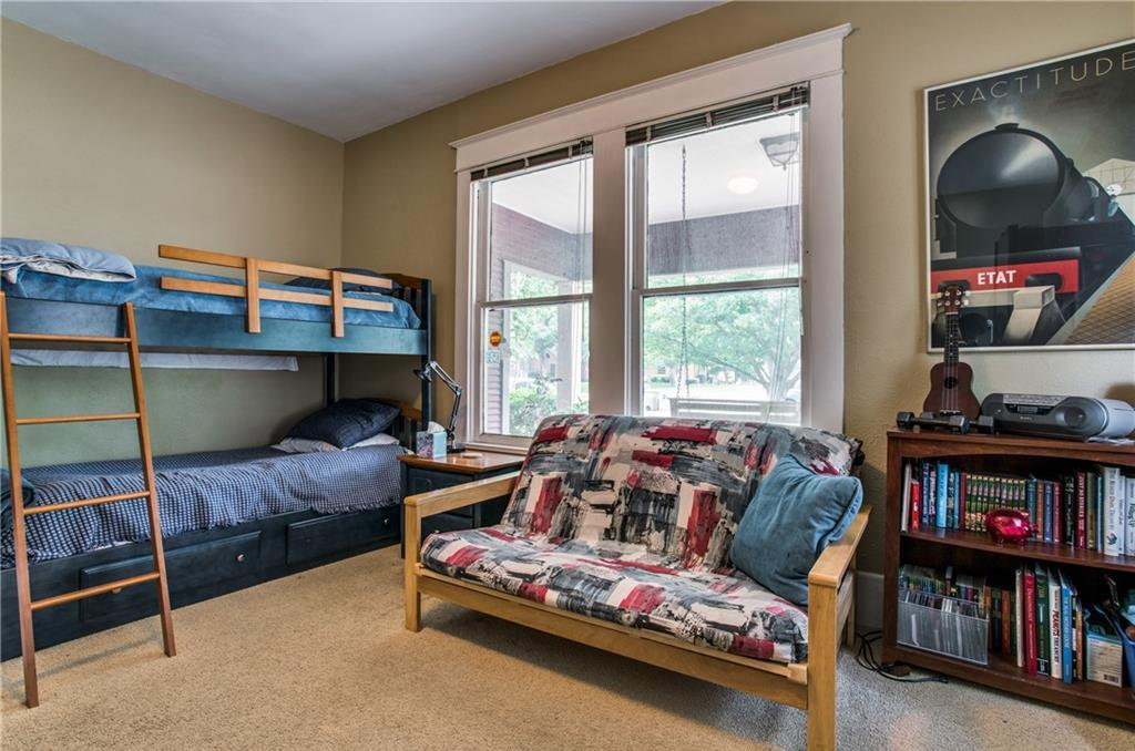 Sold Property | 5822 Belmont Avenue Dallas, Texas 75206 11