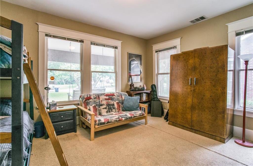 Sold Property | 5822 Belmont Avenue Dallas, Texas 75206 12