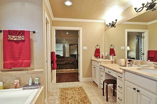 Sold Property | 6304 Llano Avenue Dallas, Texas 75214 16