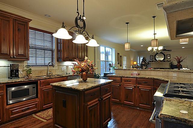 Sold Property | 6304 Llano Avenue Dallas, Texas 75214 7